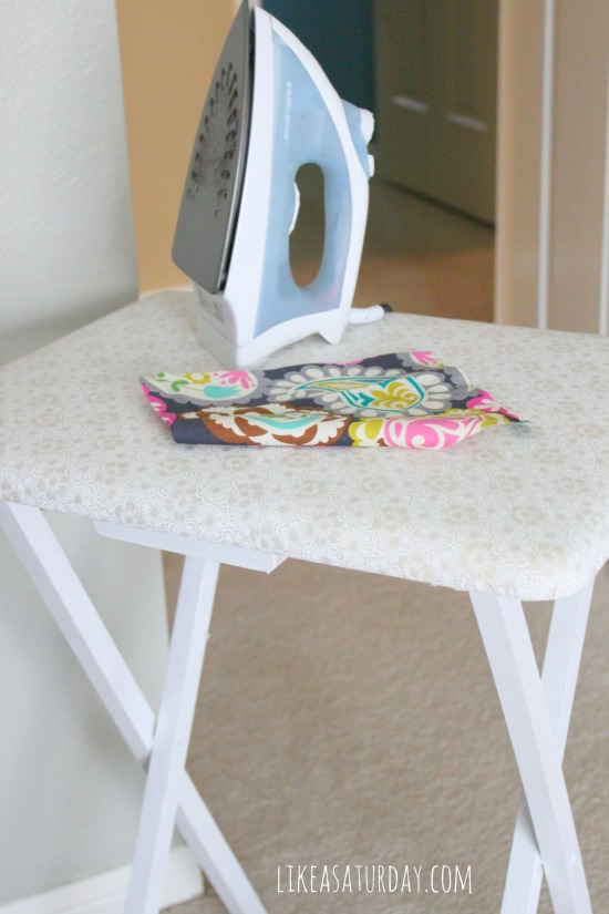 10 DIY Mother's Day Gifts : Ironing Table